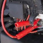 車のバッテリー充電