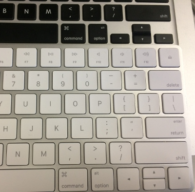 Magic Keyboard Mac book 比較