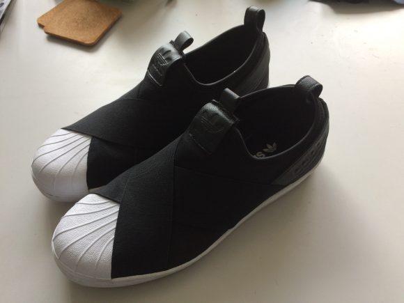 adidas スリッポン